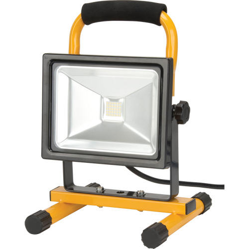 Portable LED Work Light XG816 | NIS Northern Industrial Sales